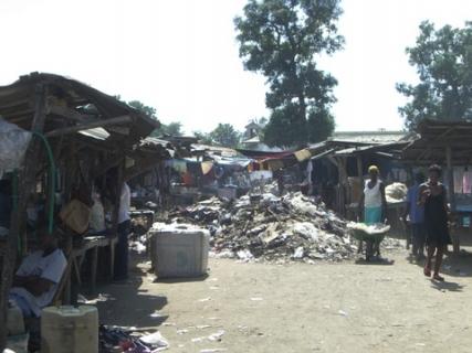108 garbage at market
