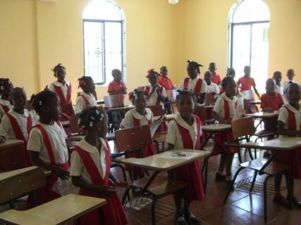 178 Danitas children singing