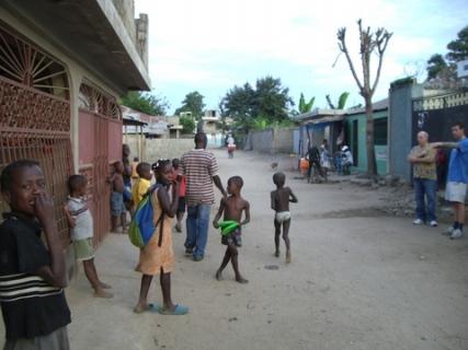 56 children with frizbees